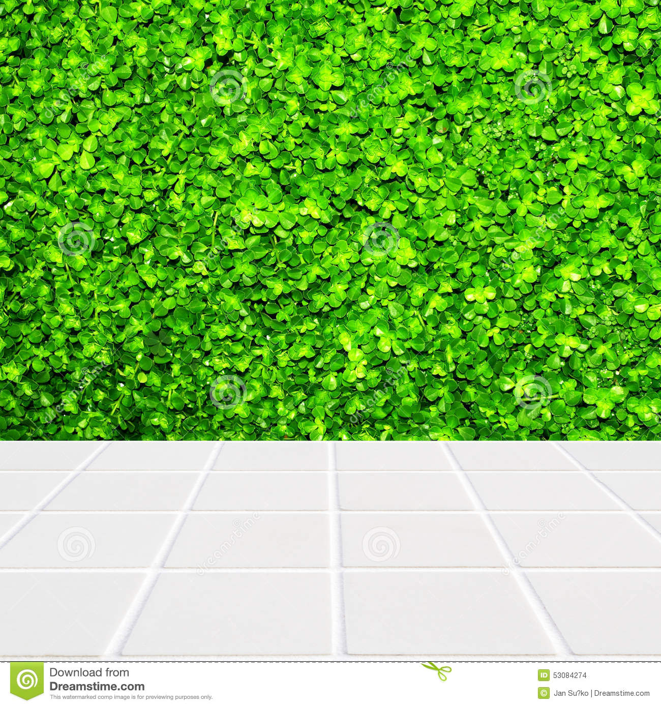 Modern beige mosaic with the wall made of four leaf plant for Green floor plant