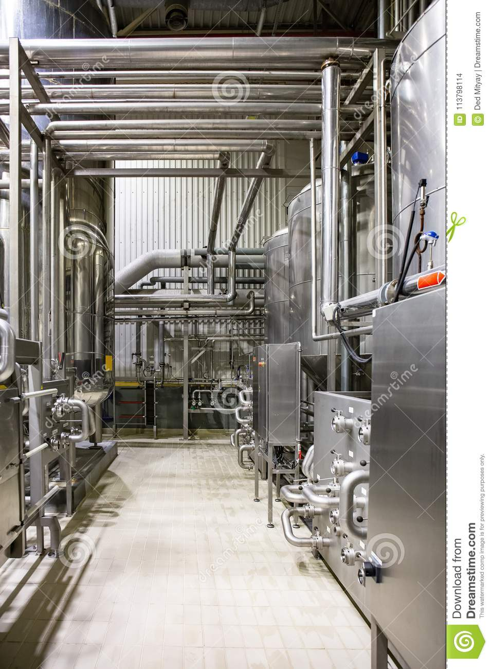 Modern Brewery, Steel Vats And Pipeline, Other Equipment Machinery Tools  For Beer Production