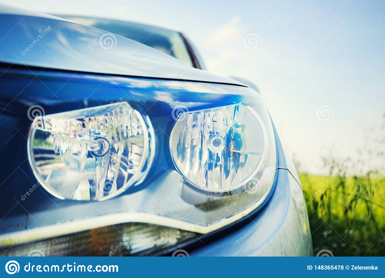 of headlights luxurystyle photoImage Modern car stock 0v8nmNwO