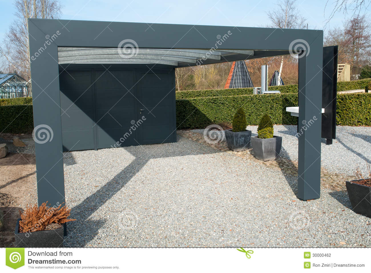 Modern carport car garage parking stock photo image for Design moderno garage per auto