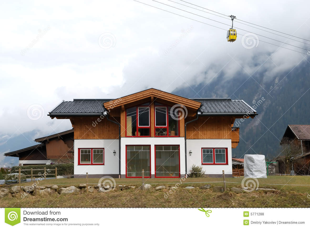 Modern chalet under cable road stock photo image 5771288 - Chalet moderne ...