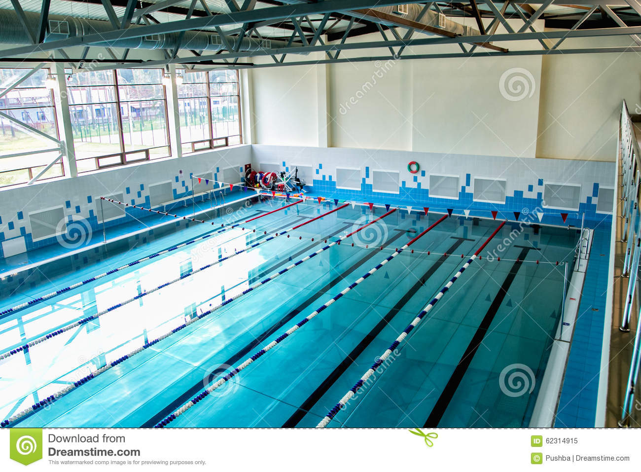 Modern city swimming pool with six stock photo image for Piscinas modernas
