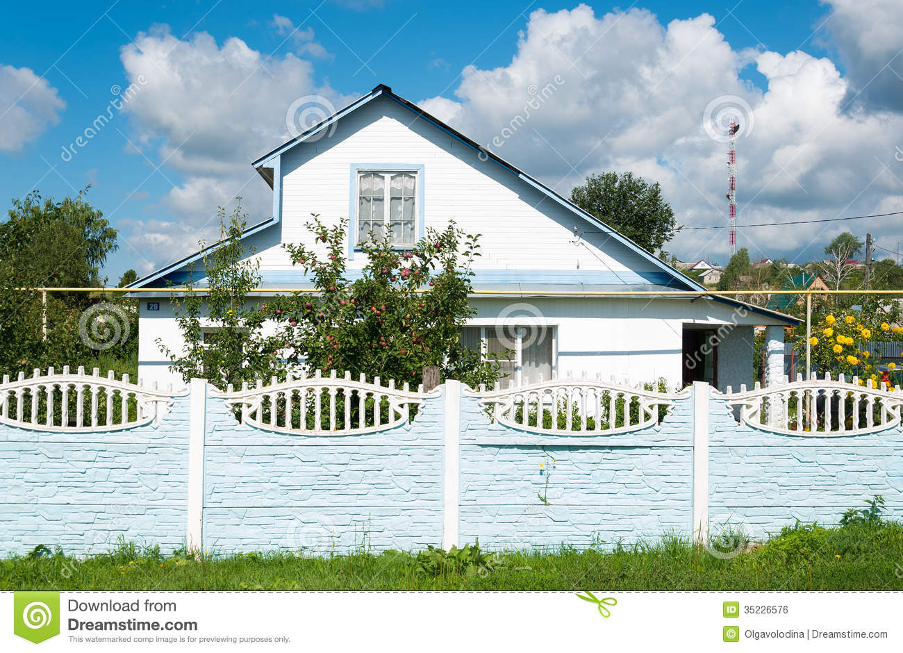 Modern country house in russia stock photo image 35226576 for Country house online