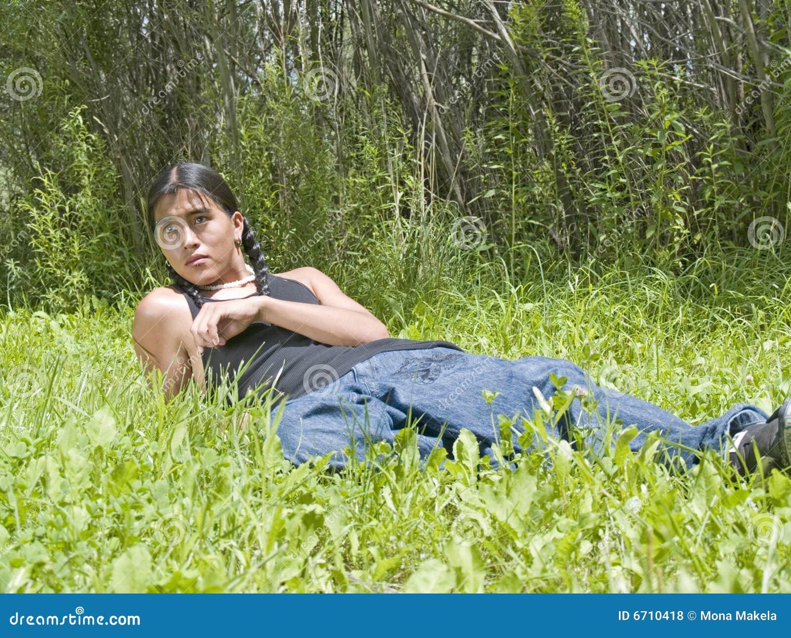 girls latina naked outside