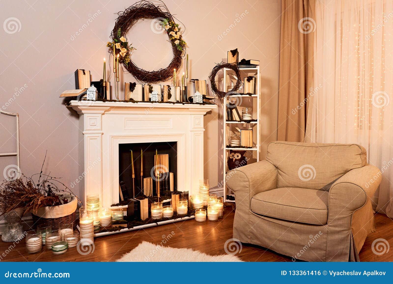 Tis Autumn Living Room Fall Decor Ideas: Modern Designed Spacious Living Room With Autumn