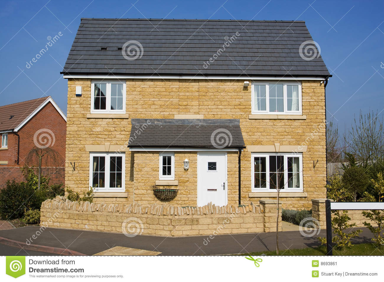 Modern detached house stock image image 8693861 for Modern detached house design