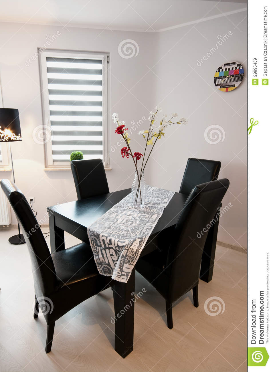 Modern Black And White Dining Room Royalty Free Stock  : modern dining room sleek black table leather chairs white walls clock flowers 29895469 from www.dreamstime.com size 954 x 1300 jpeg 115kB