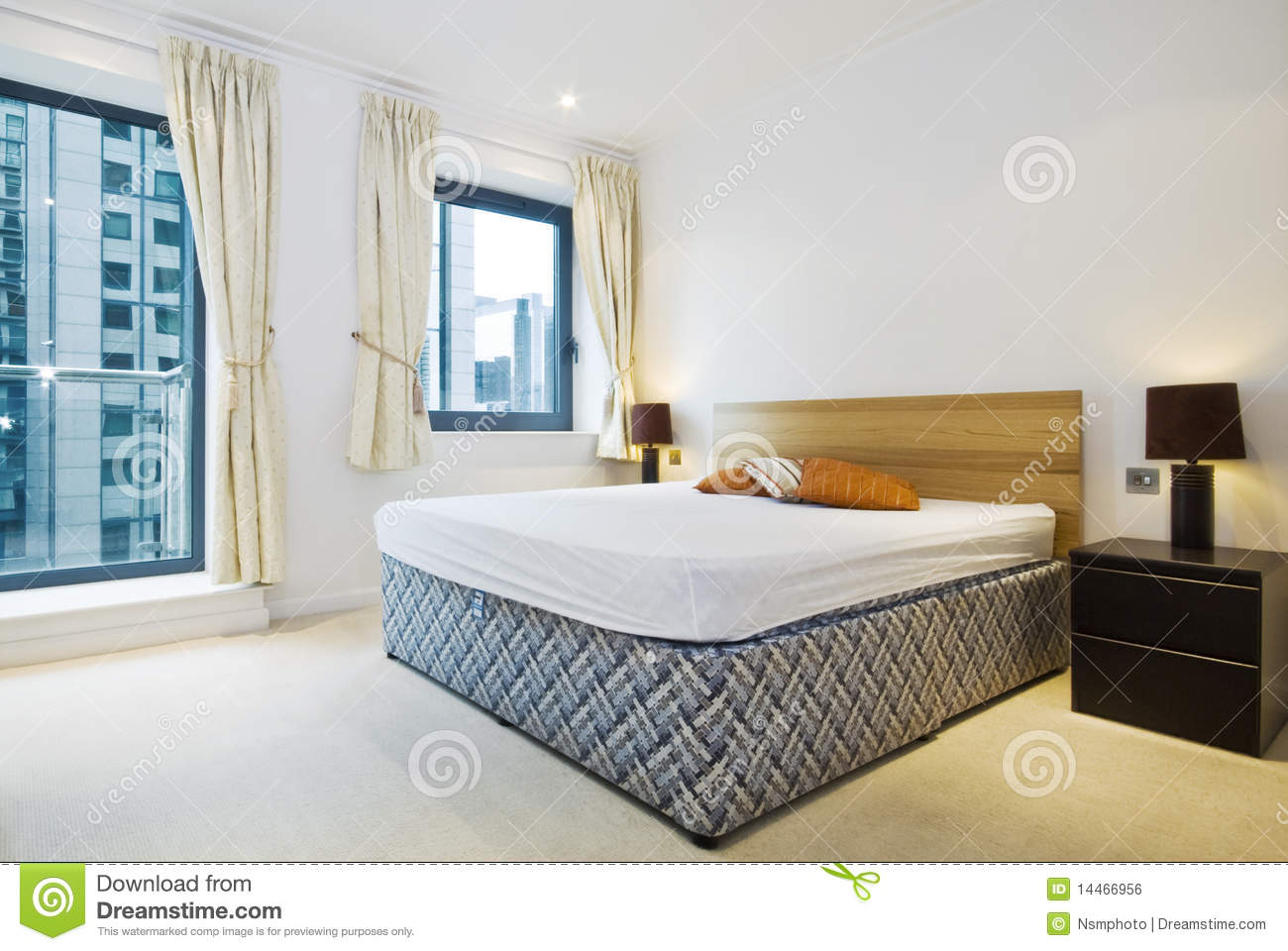 modern double bedroom with king size bed royalty free stock image image 14466956. Black Bedroom Furniture Sets. Home Design Ideas