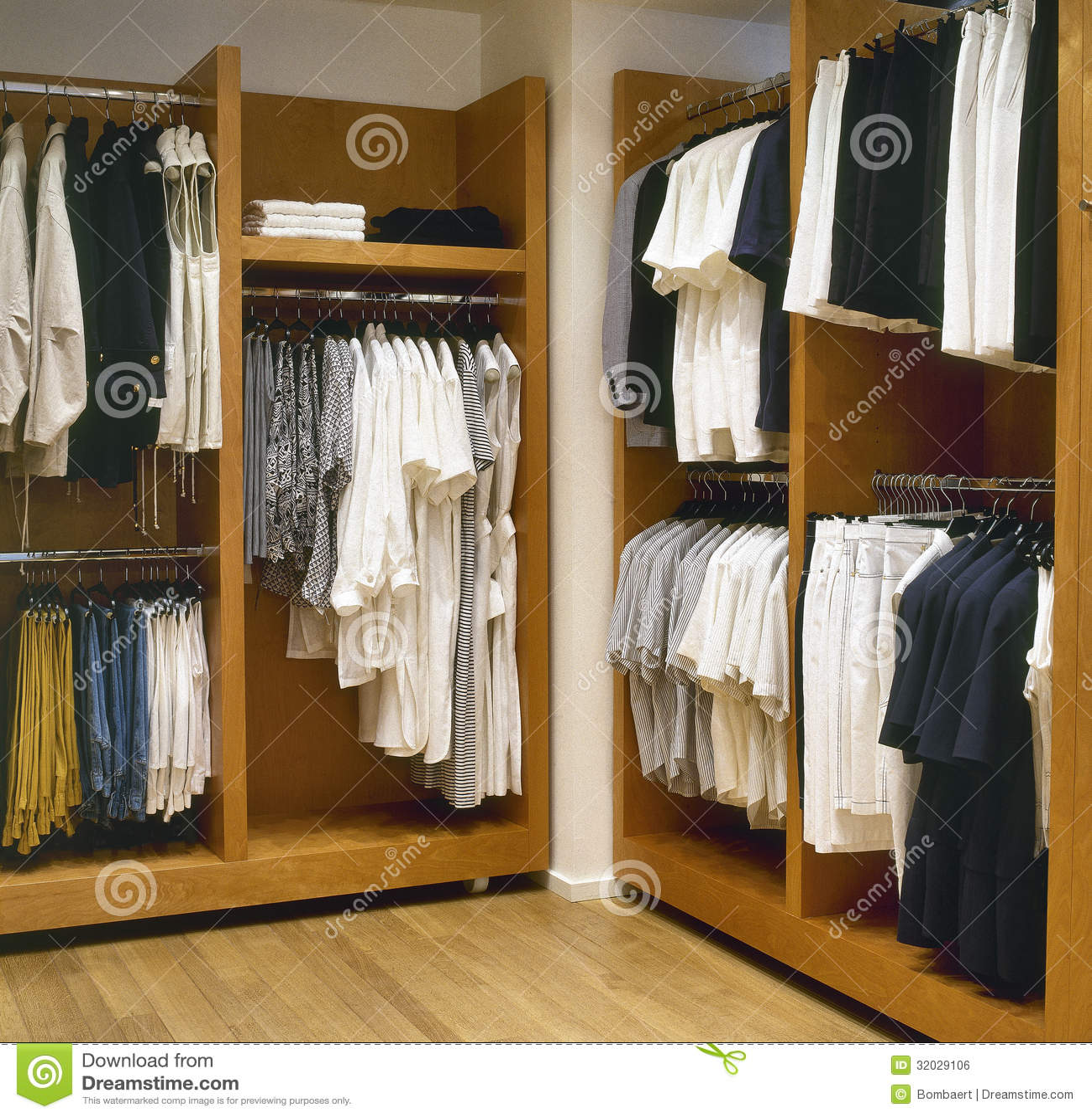 Modern Dressing Room Royalty Free Stock Image - Image: 32029106