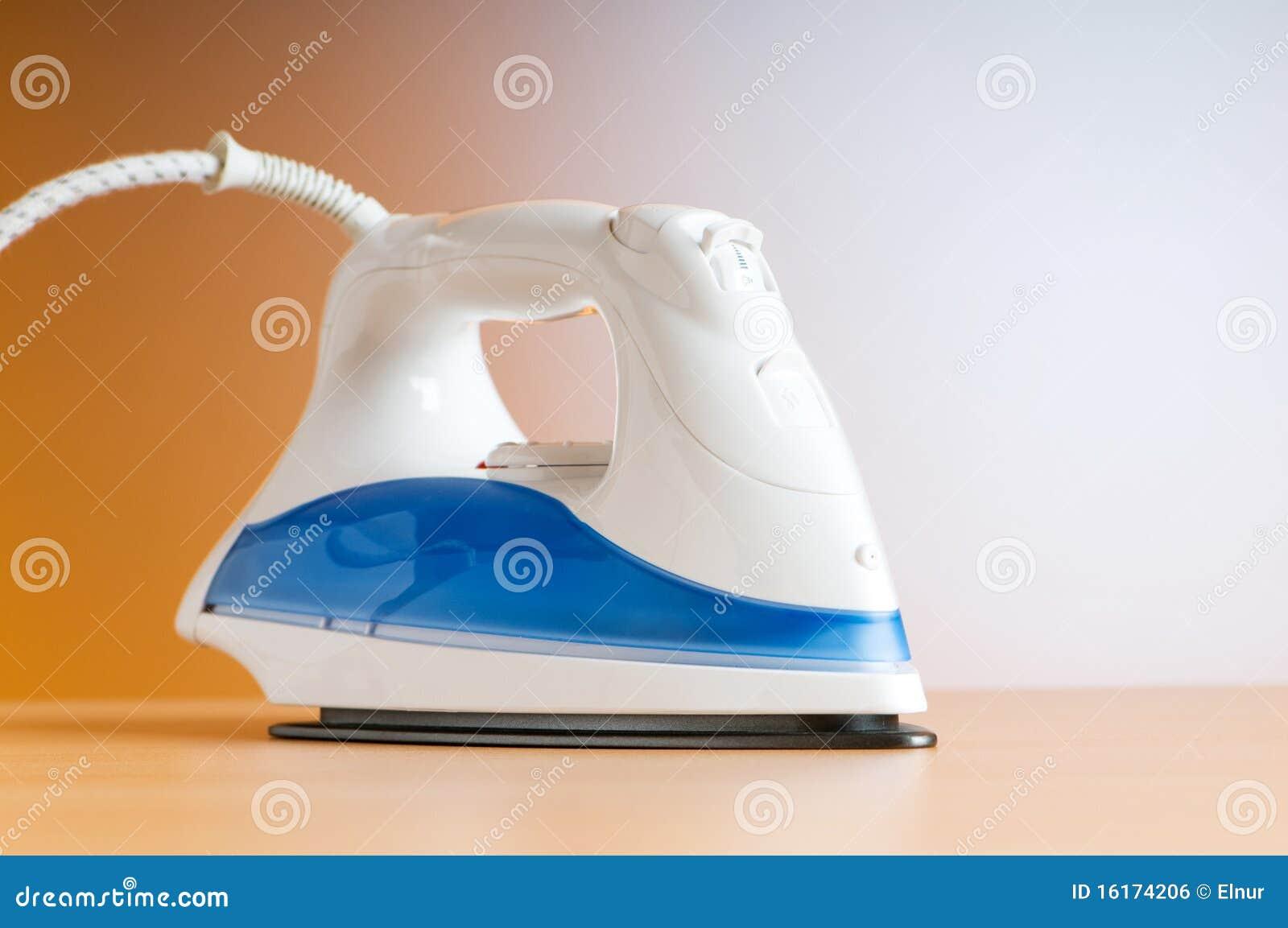 Modern elektrisch ijzer