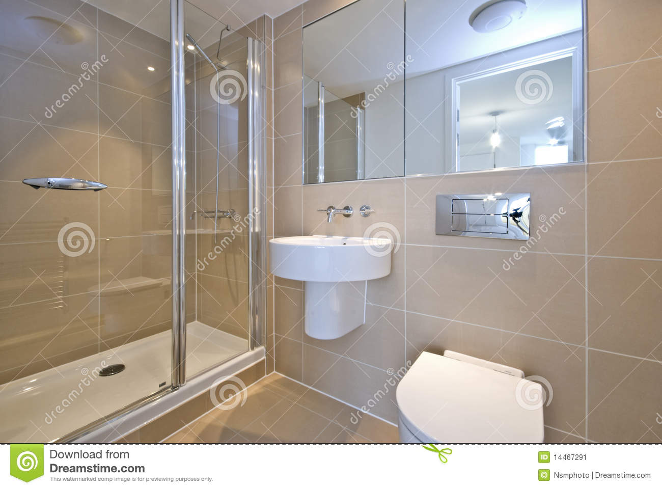 Modern en suite bathroom with shower stock image image for Salle de bain faience moderne