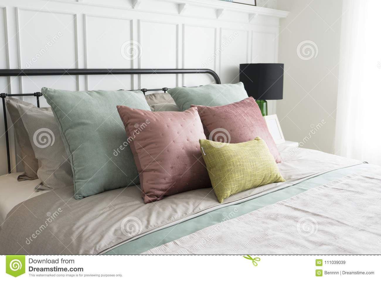 Bedroom With Pastel Pink And Green Accents Pillows Stock Image Image Of Kingsize Open 111039039