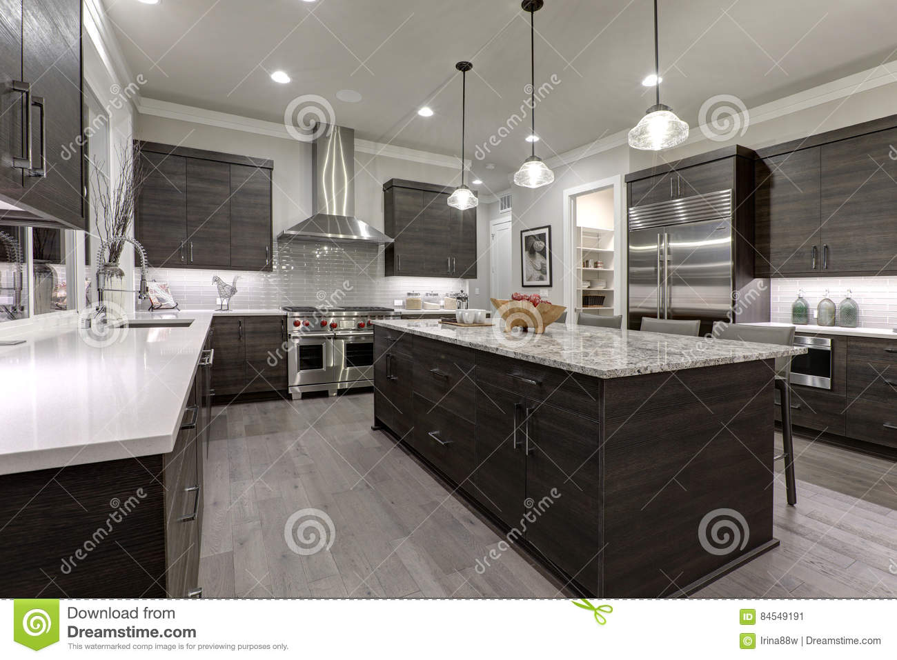 laundry countertops architects designers landscape restoration dining home farmhouse building garage design bath quartz medium dark contractors decks doors compact wallpaper cottage outdoor lighting gym southwestern electrical