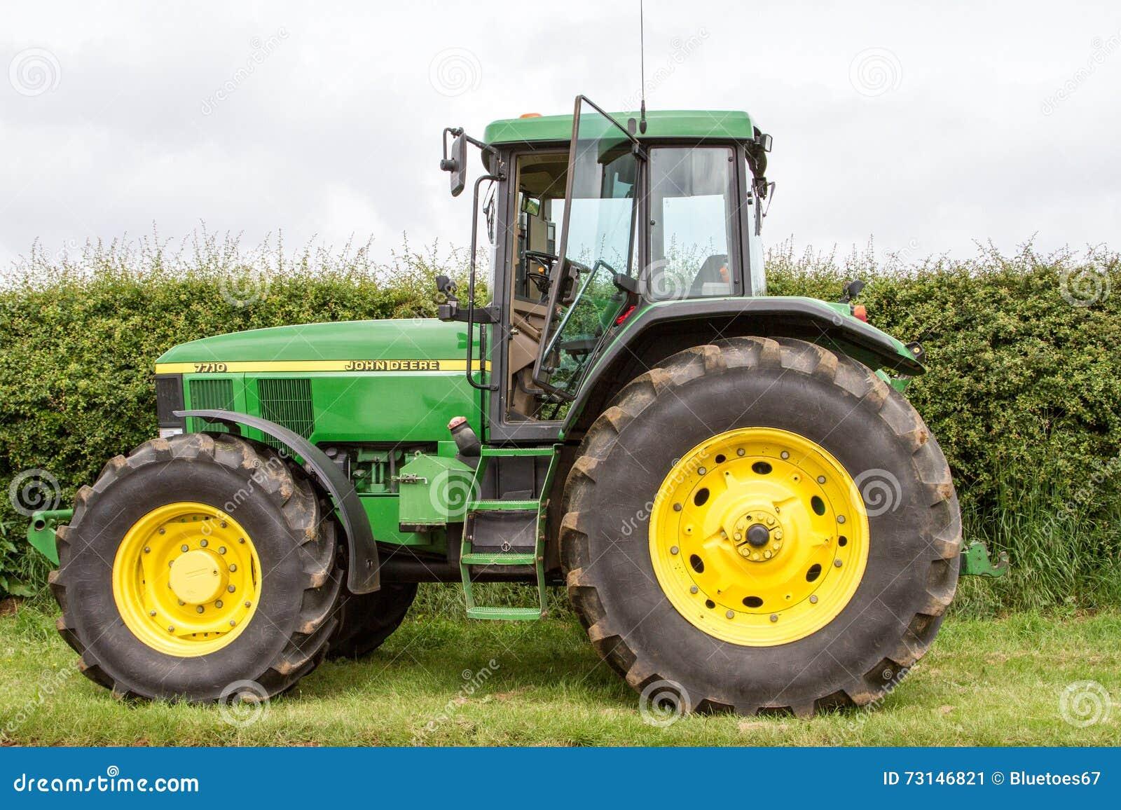 4 Door Tractor : A modern green john deere tractor editorial photo
