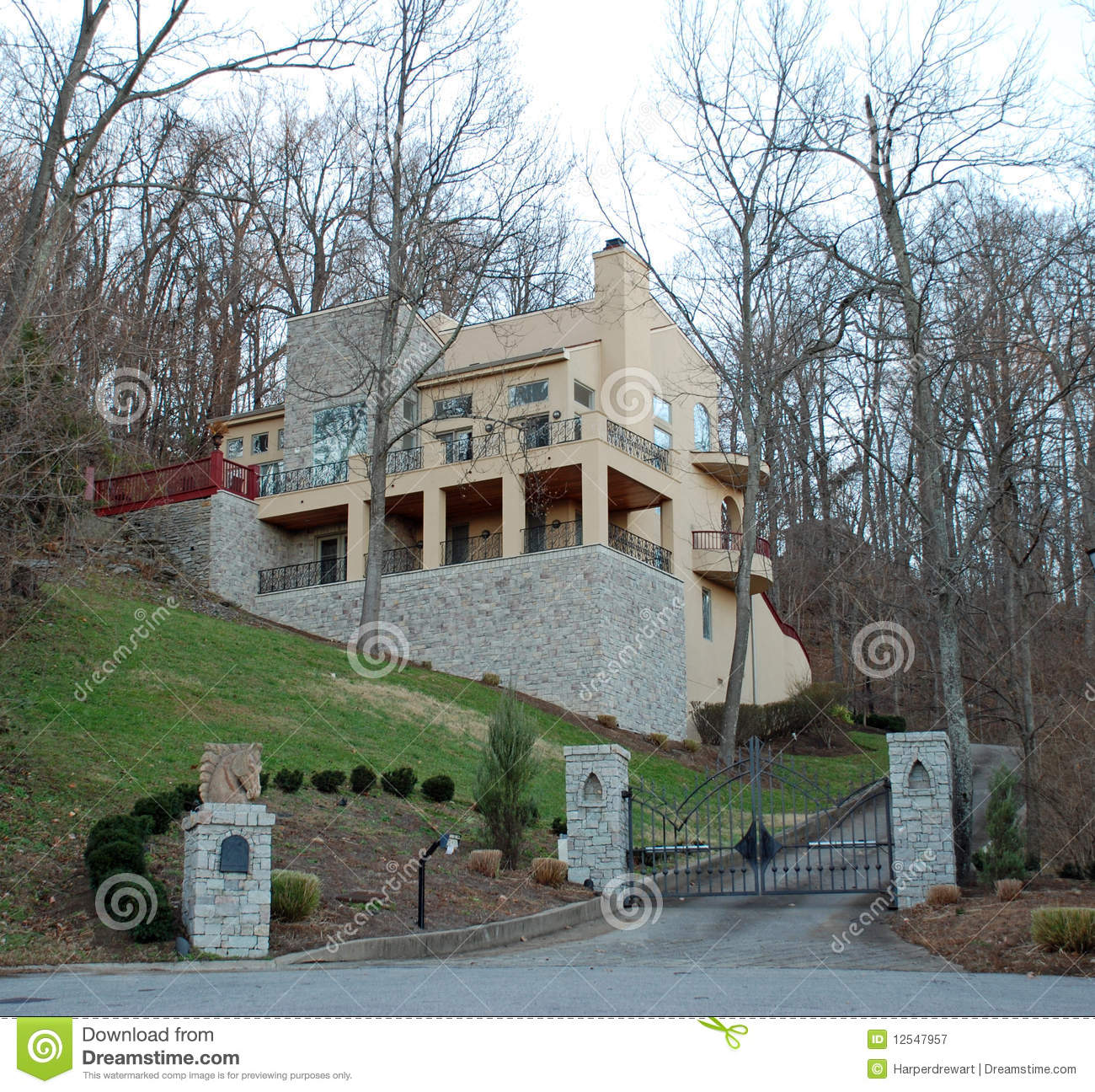 Modern hillside stone luxury home 36 royalty free stock photography image 12547957 - Landscaping modern huis ...