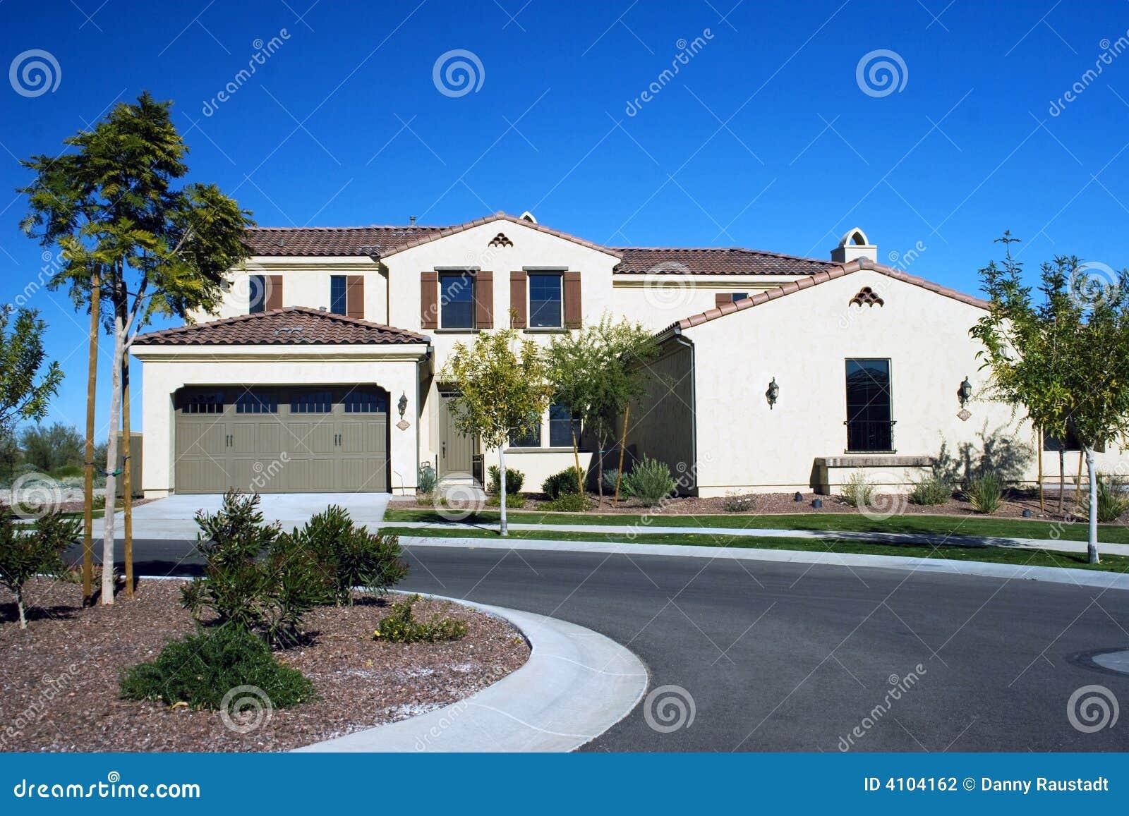 Modern home in the desert stock photography image 4104162 for Modern homes arizona