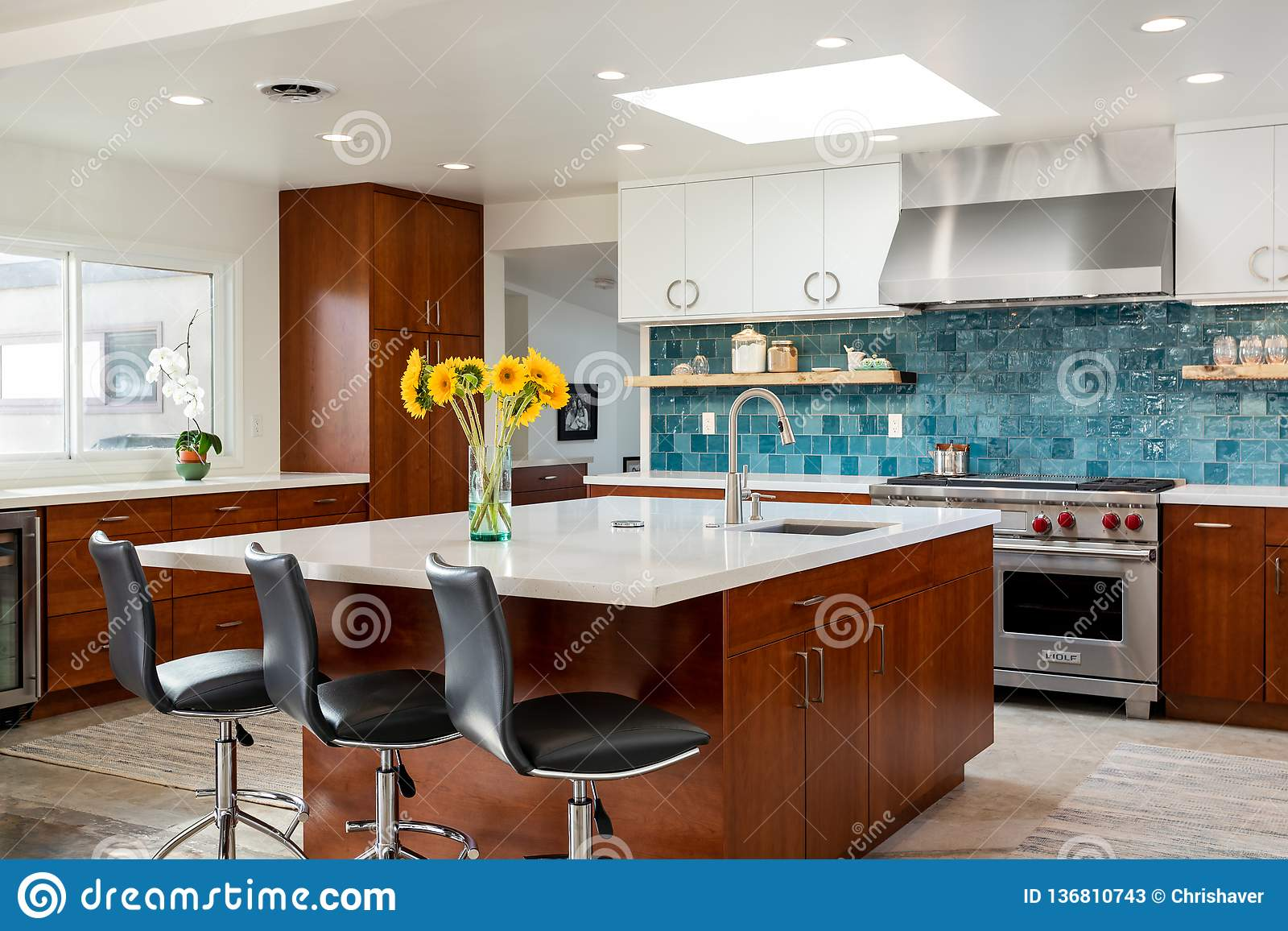 Modern Home Design Kitchen Island Home Interiors Editorial Stock Photo Image Of Fancy House 136810743