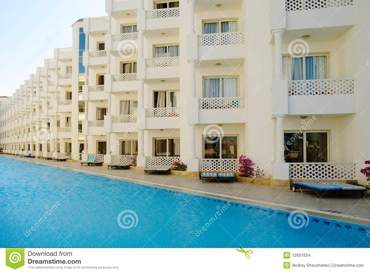 Modern Hotel rchitecture Stock Images - Image: 12601654 - ^