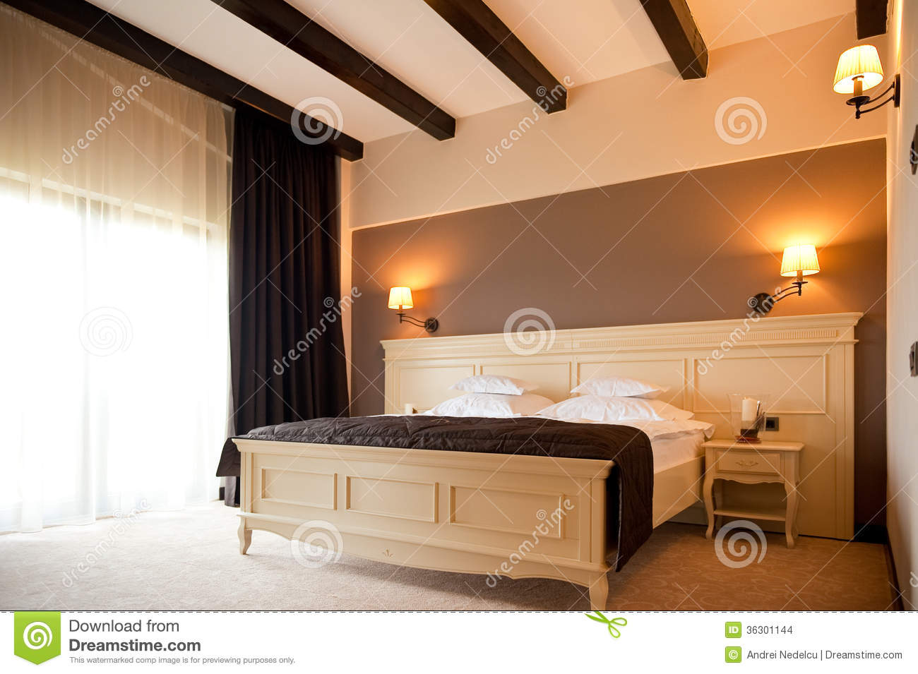 modern hotel bedroom to decorating