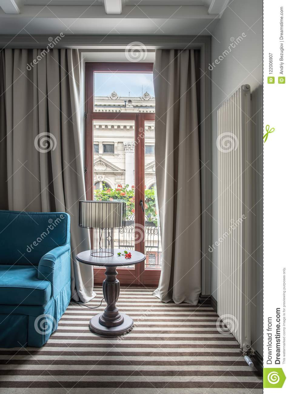 Hotel Room Lights: Stylish Hotel Room Stock Image. Image Of Indoor, Lampshade