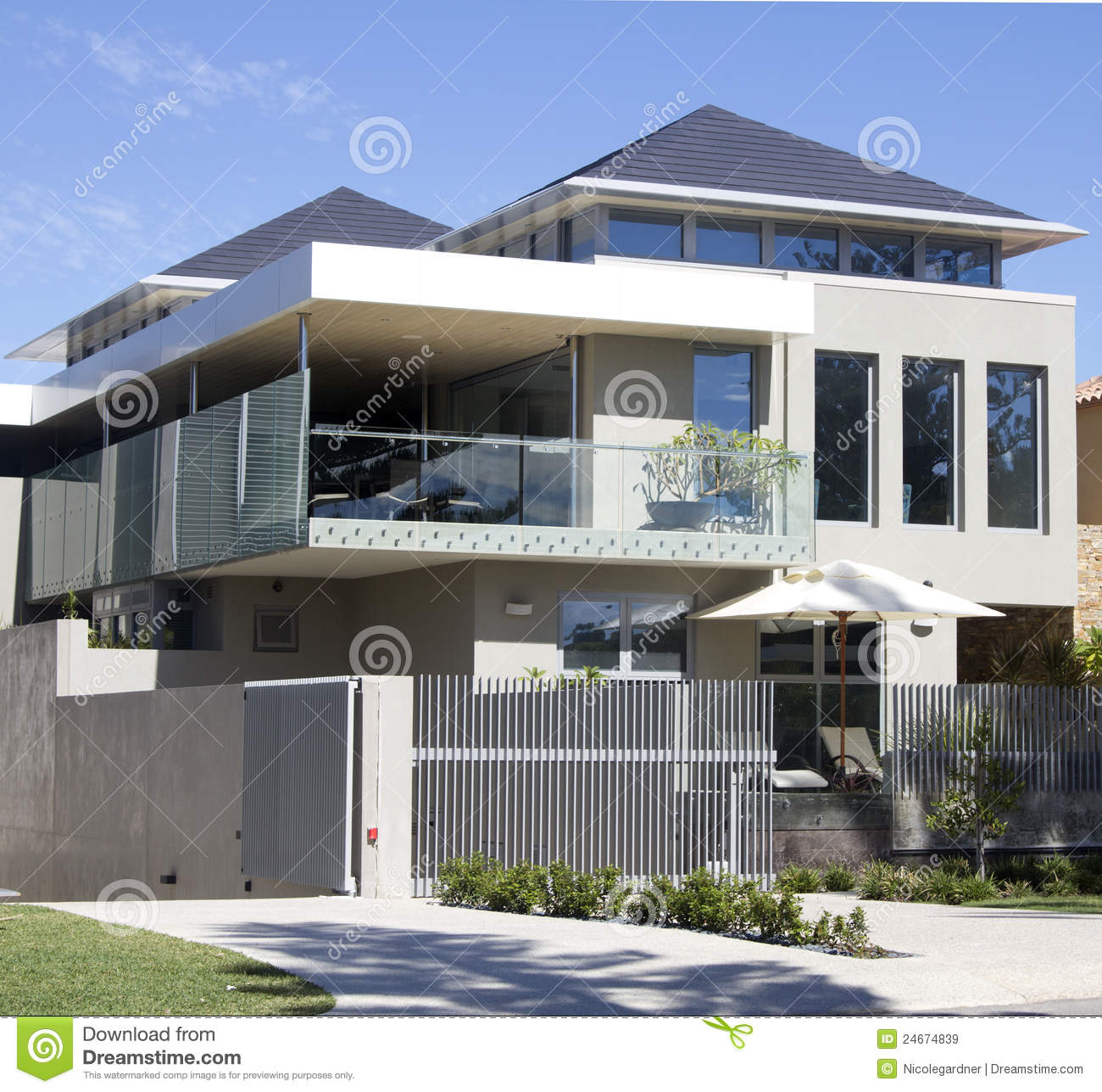 Modern house royalty free stock images