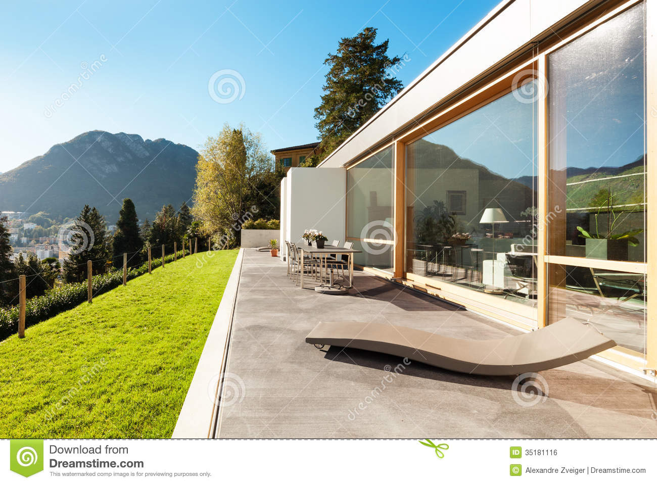 Modern house in cement stock photo image of nobody for Modern house garden