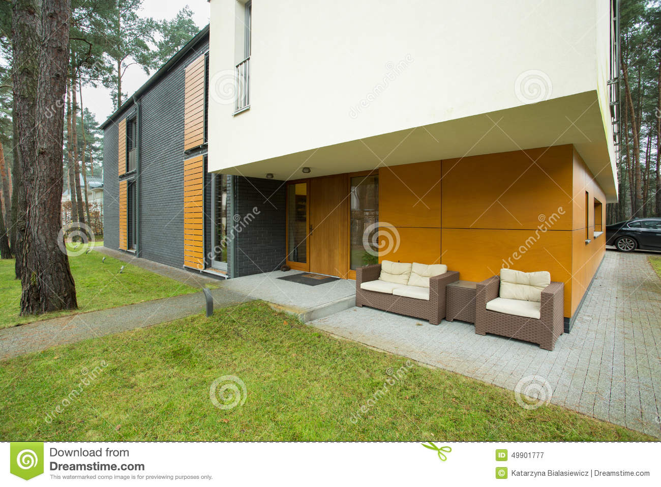 Modern House ntrance oyalty Free Stock Photo - Image: 5171615 - ^