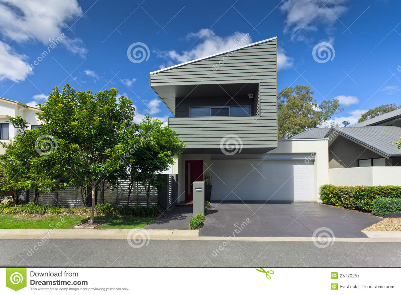 Modern House Front oyalty Free Stock Photography - Image: 25170257 - ^