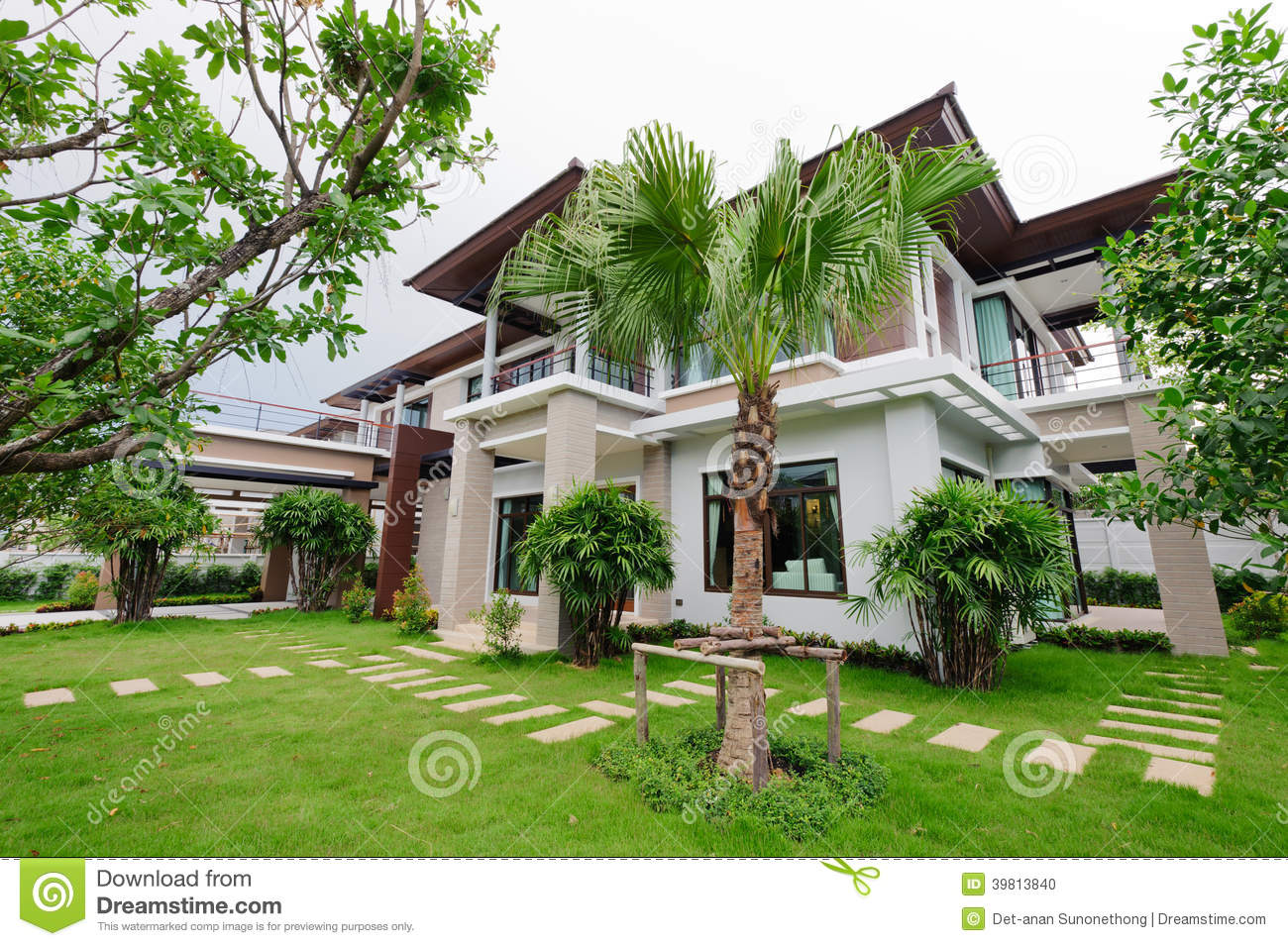 Modern house and garden stock photo image of architecture for Modern house garden
