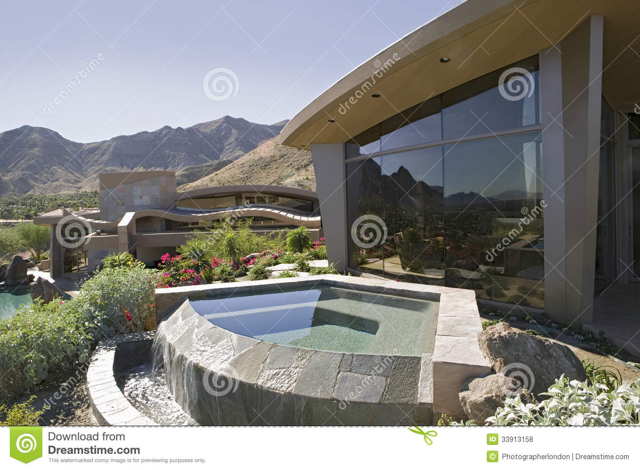 Modern House With Plunge Pool