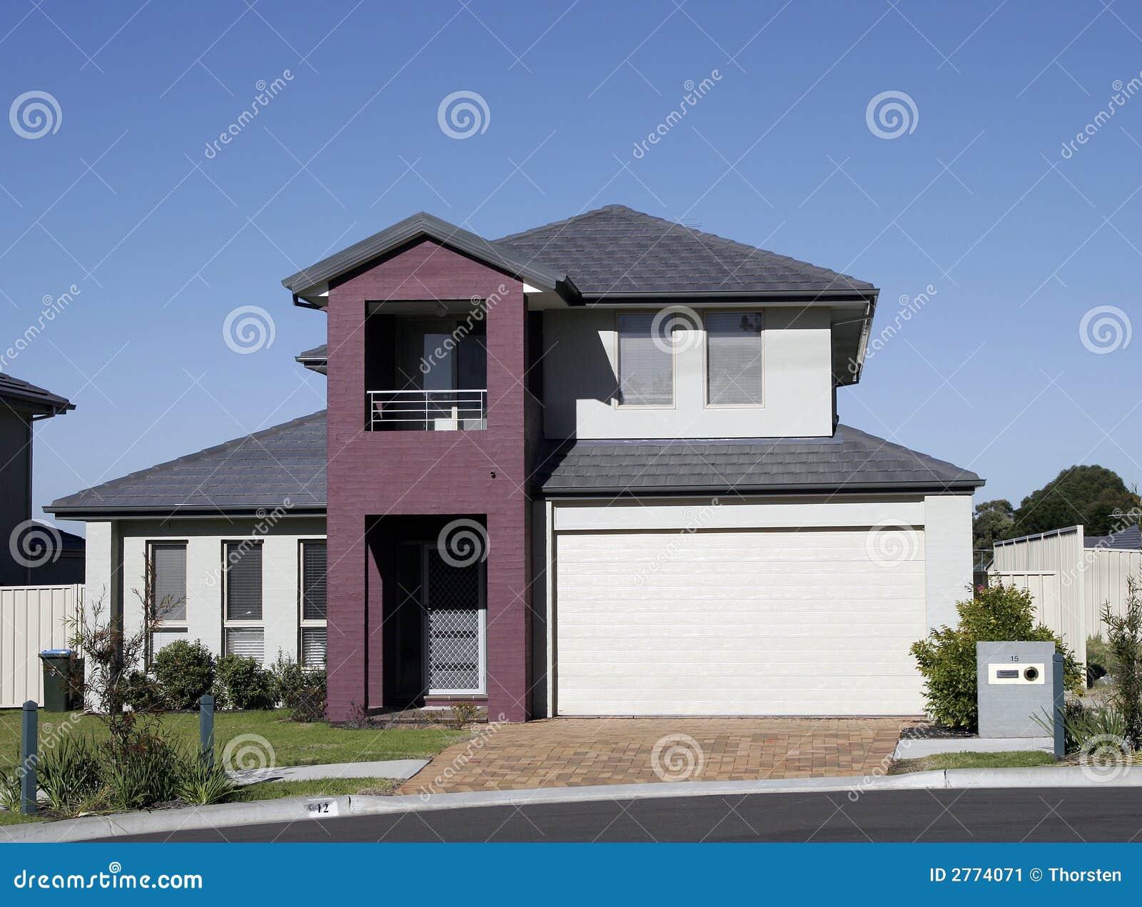 Modern huis in de voorsteden stock afbeelding afbeelding 2774071 - Huis in de moderne ...