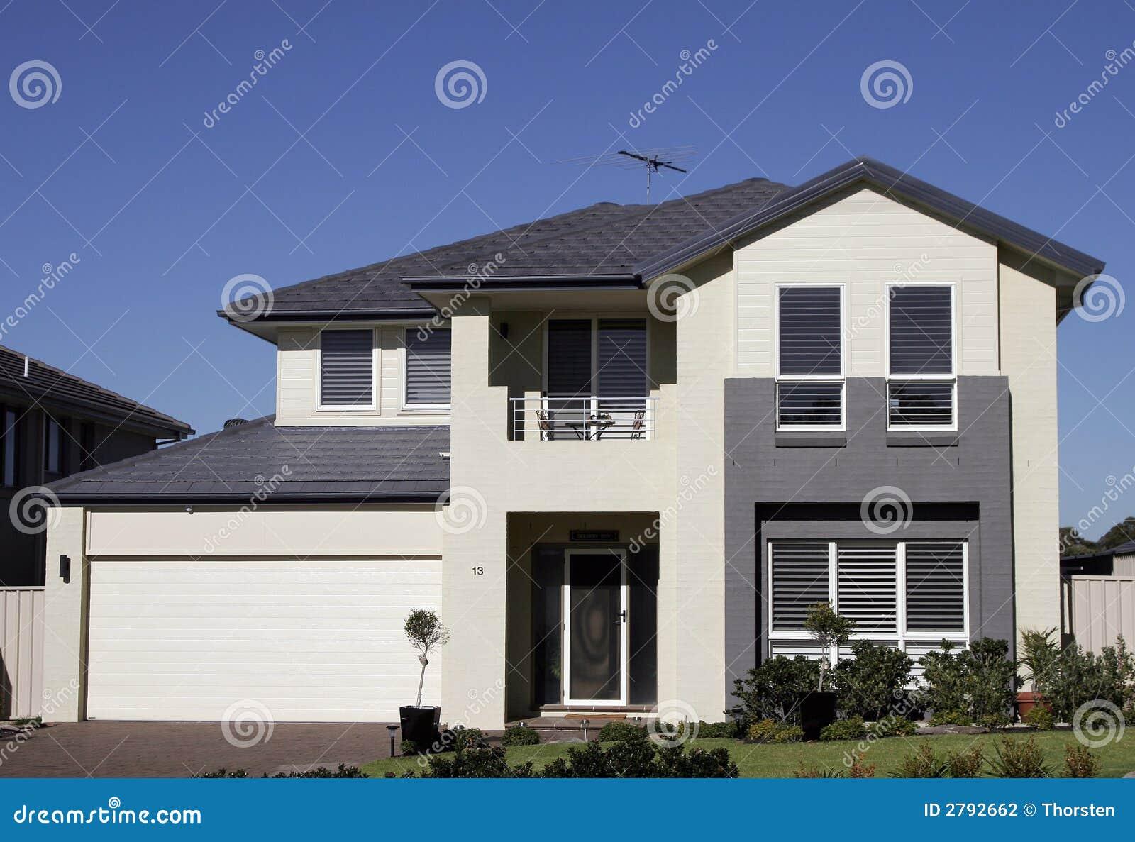 Modern huis in de voorsteden stock fotografie afbeelding 2792662 - Huis in de moderne ...