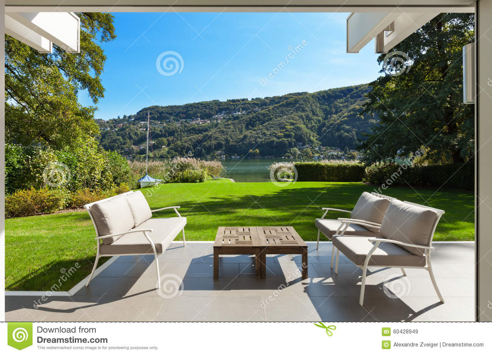 Modern huis mooie veranda stock afbeelding afbeelding bestaande