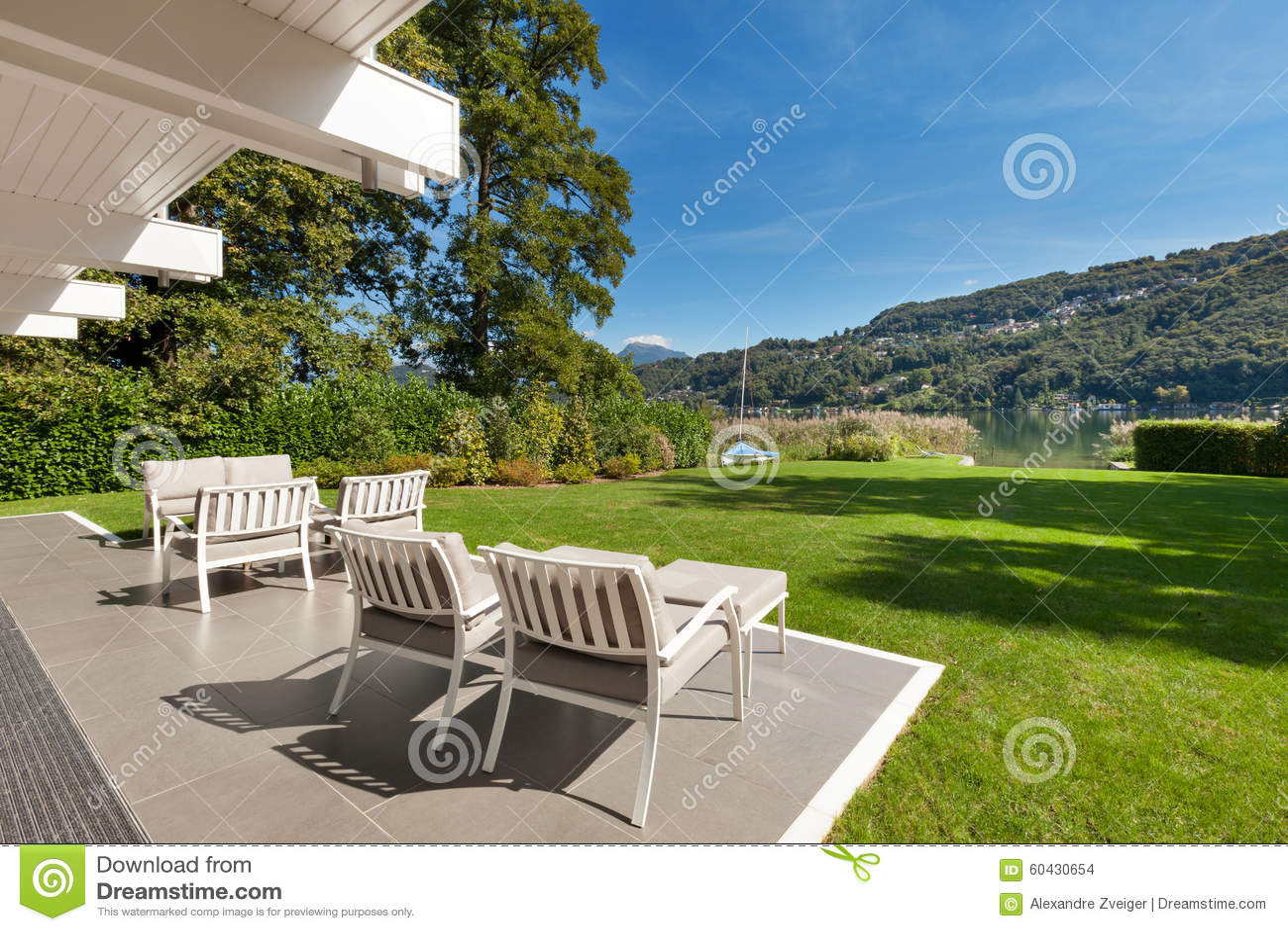 Modern huis mooie veranda stock foto afbeelding bestaande uit