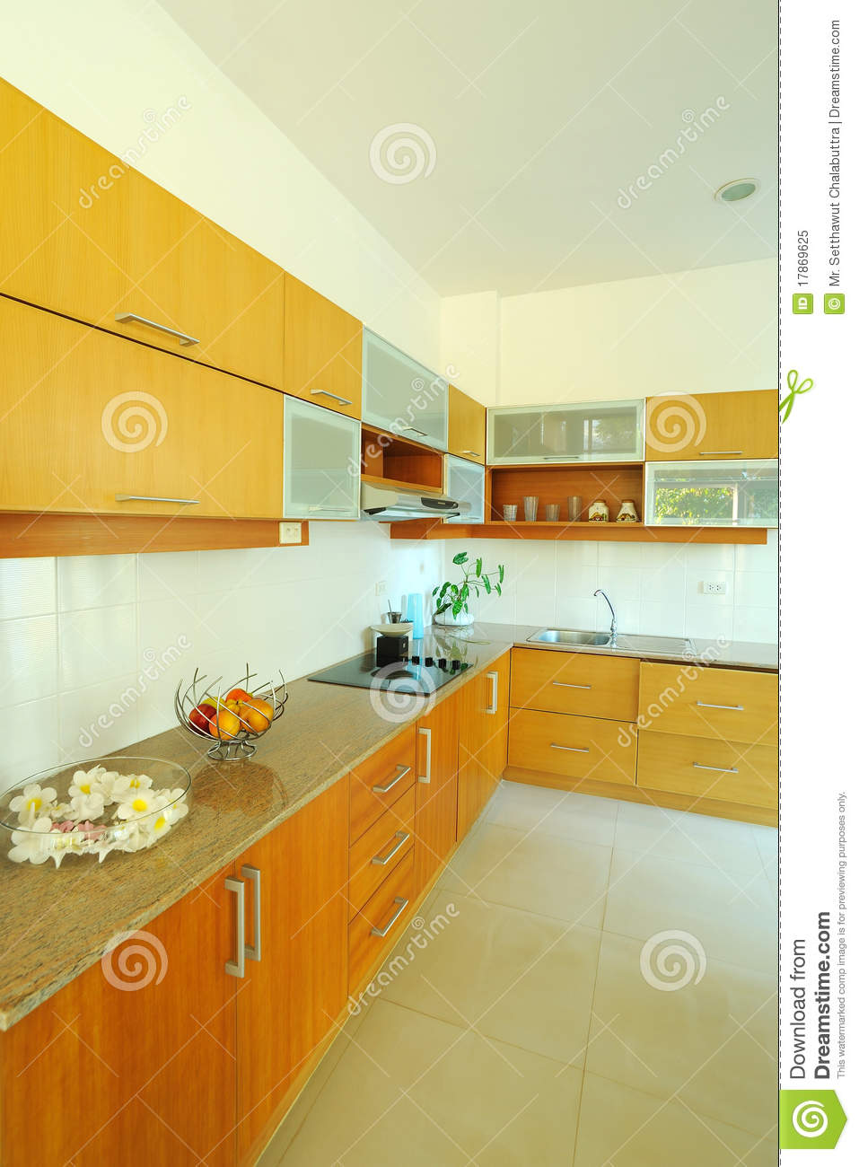 ing up with a great kitchen backsplash design by buying an elegant