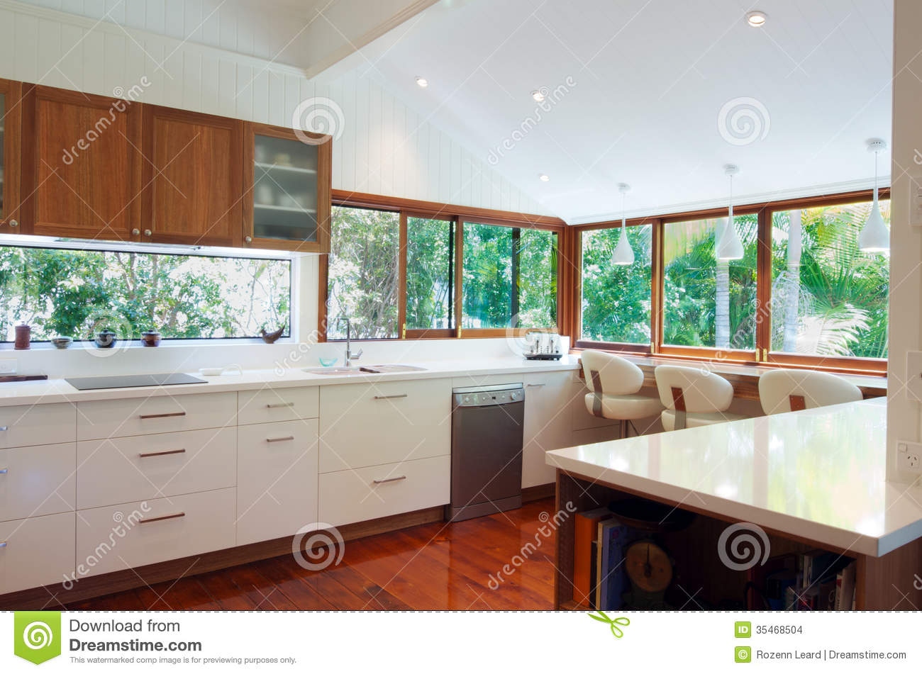Modern Kitchen Stock Images Image 35468504