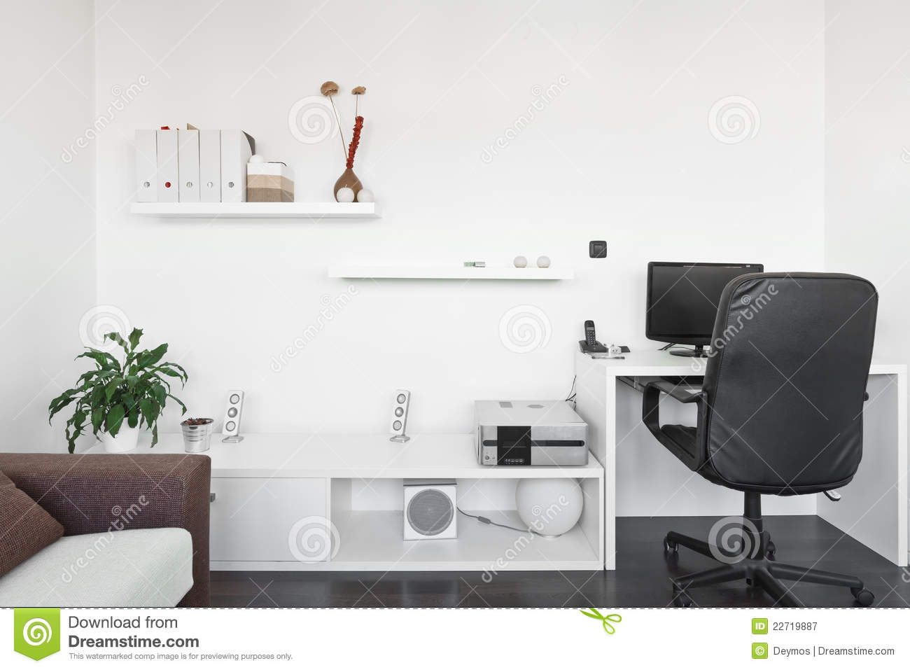 Modern Living Room With Computer Desk Royalty Free Stock Photography