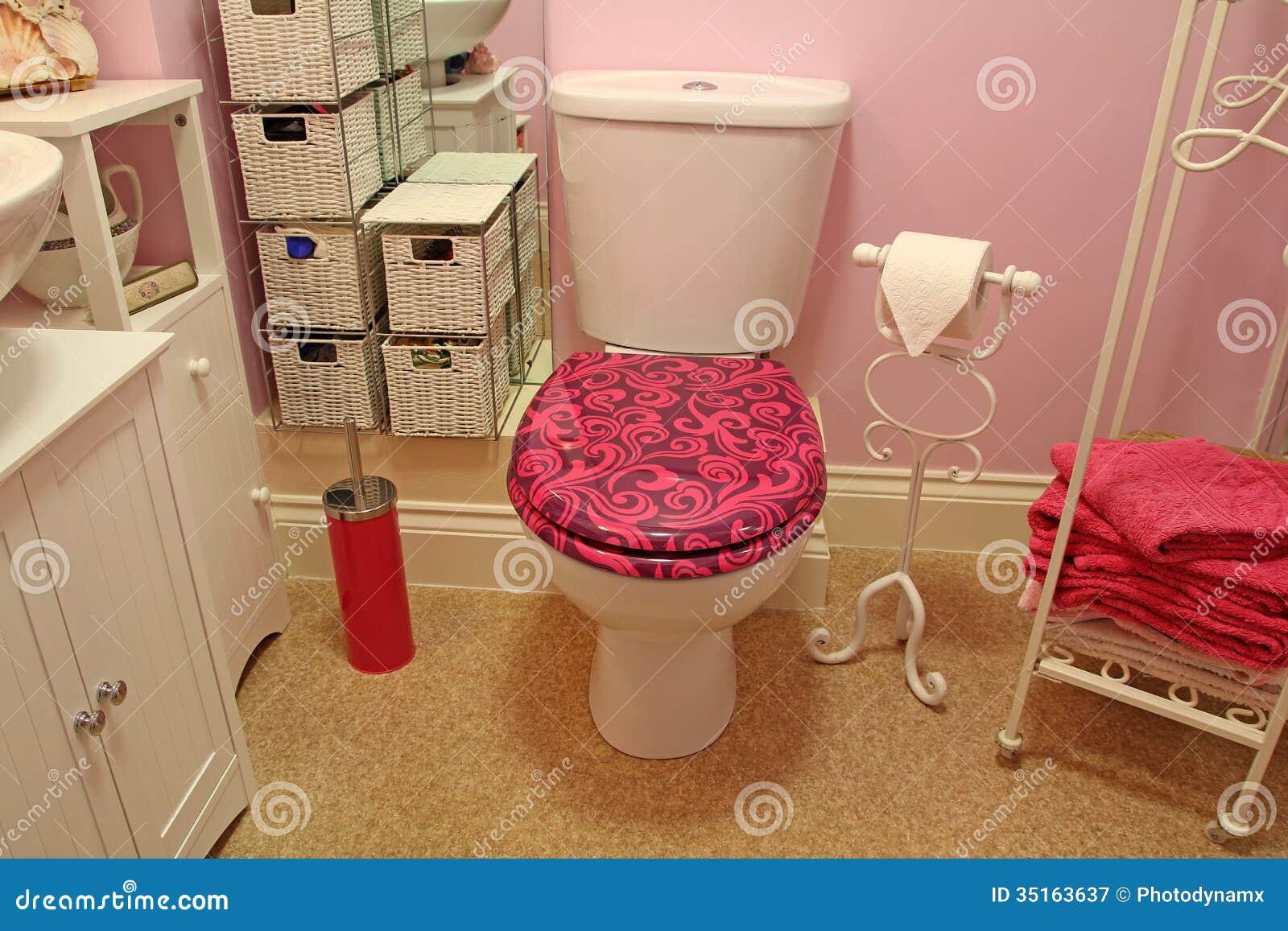 Shabby Chic Bathrooms Shabby chic bathroom
