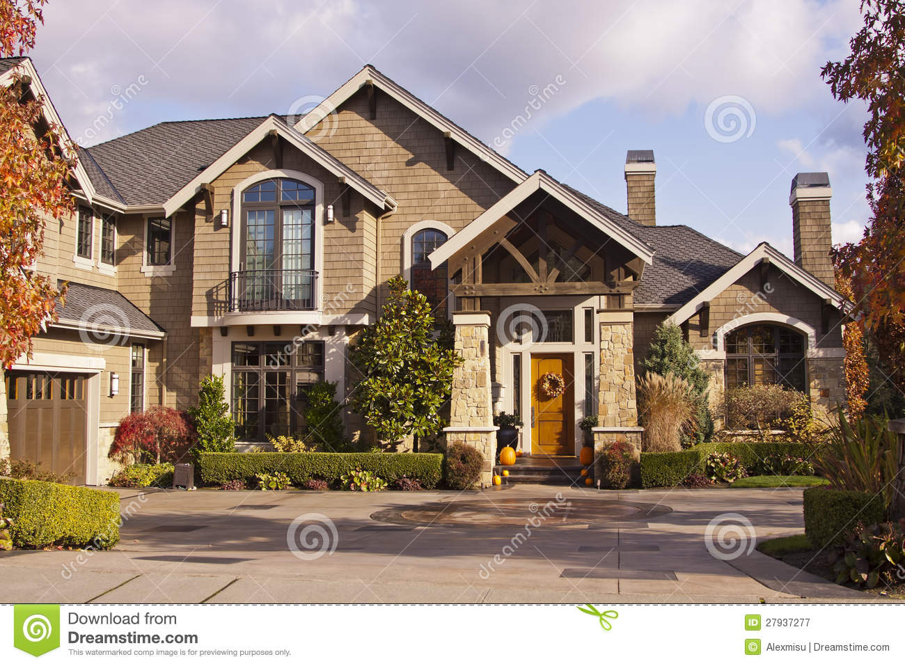 Modern luxury house royalty free stock photography image for Free luxury home images