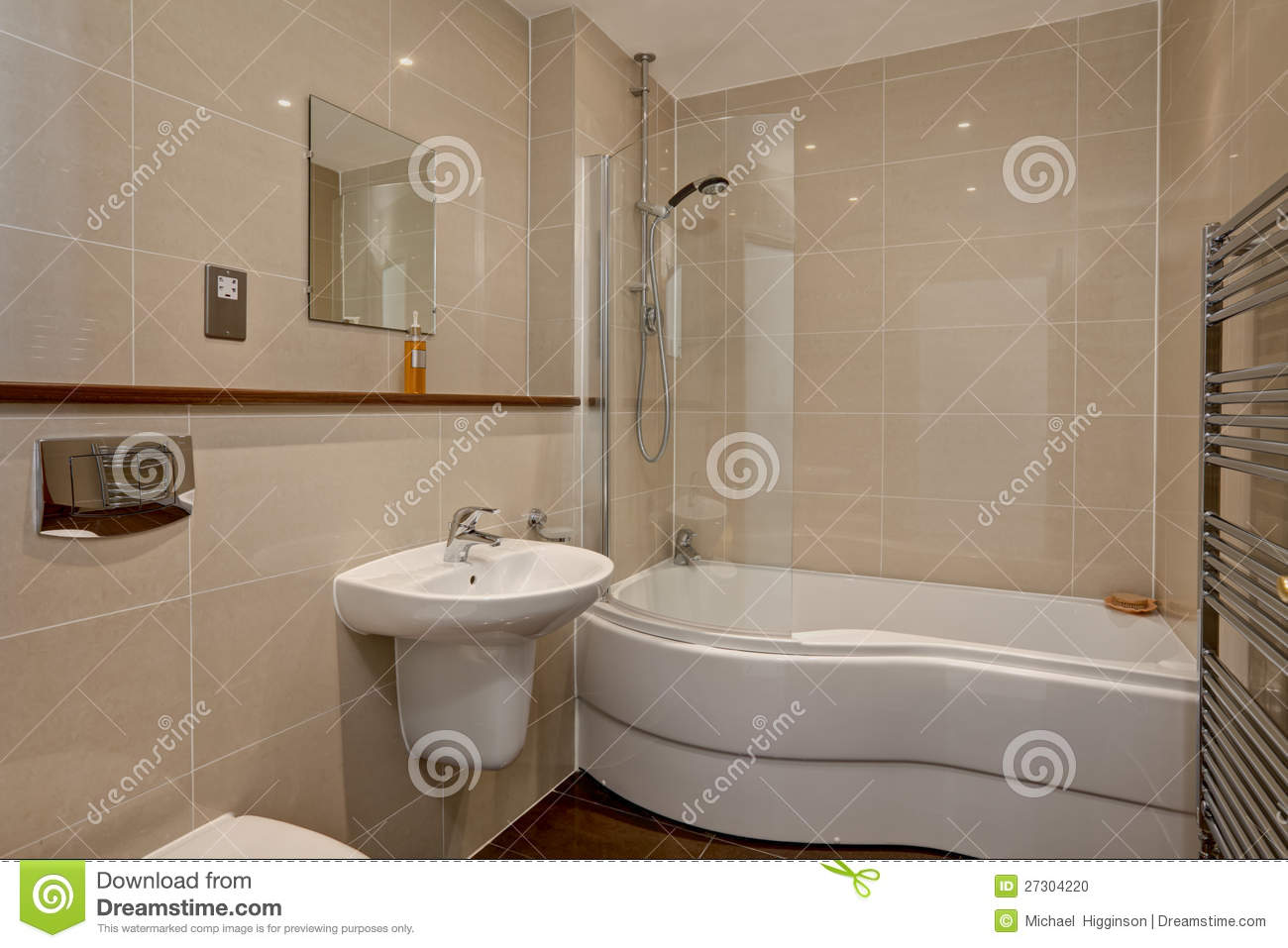 Modern luxury tiled bathroom stock photo image 27304220 for Salle de bain de luxe moderne