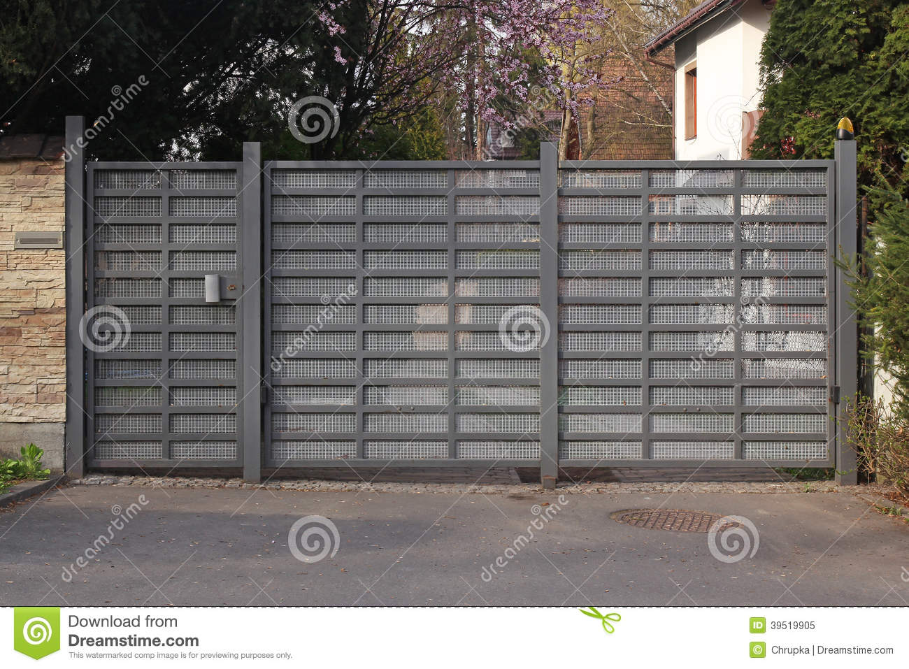 Modern Metal Gate Stock Image Image Of House Property