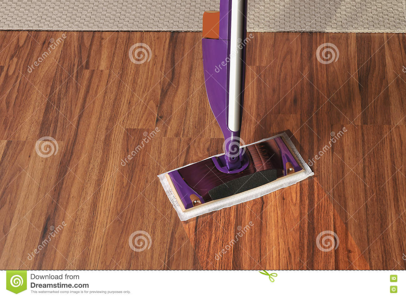 Cleaning wooden floor royalty free stock photography - Blanquear madera ...