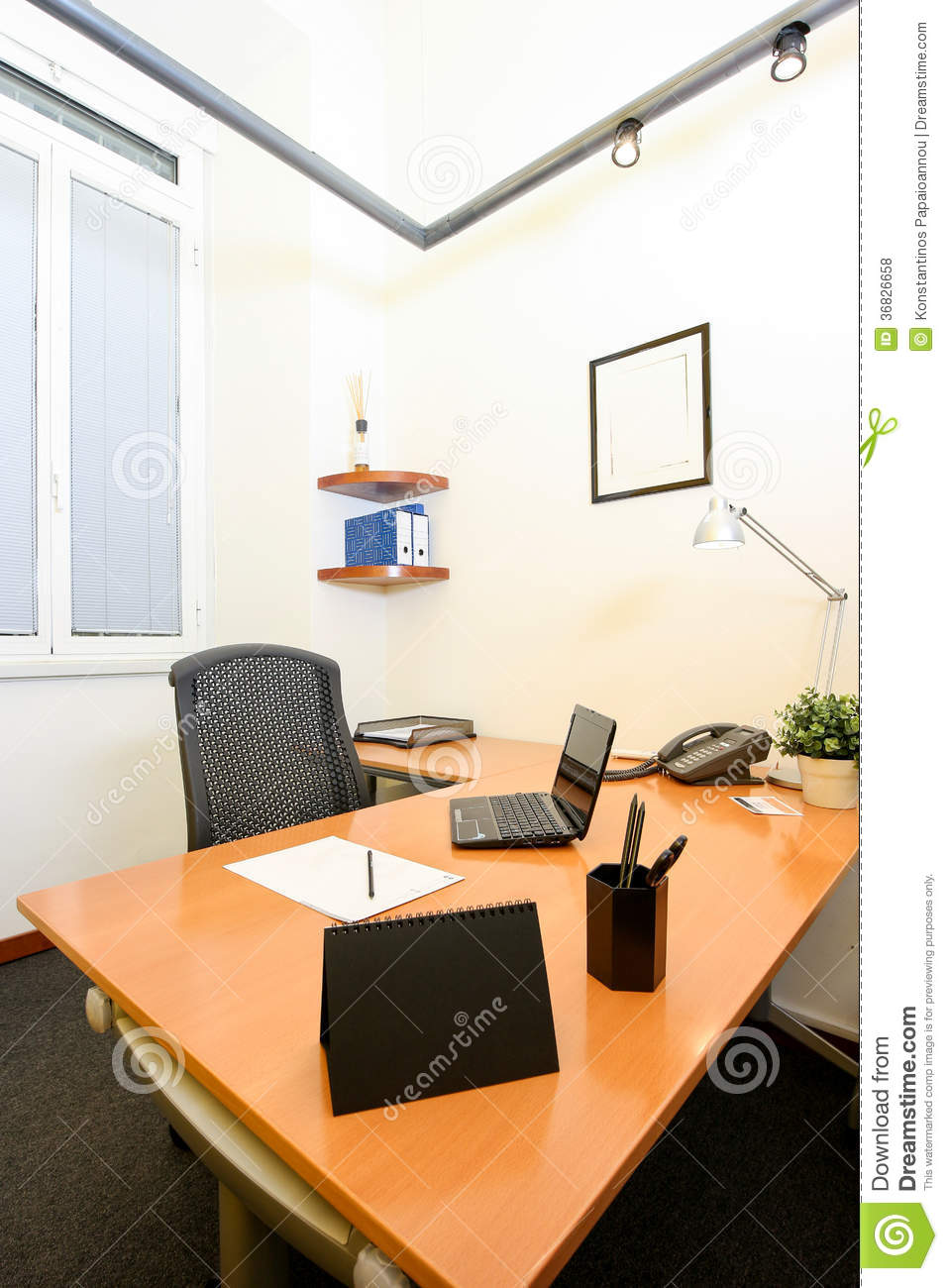 Modern office royalty free stock photos image 36826658 for Contemporary commercial office furniture