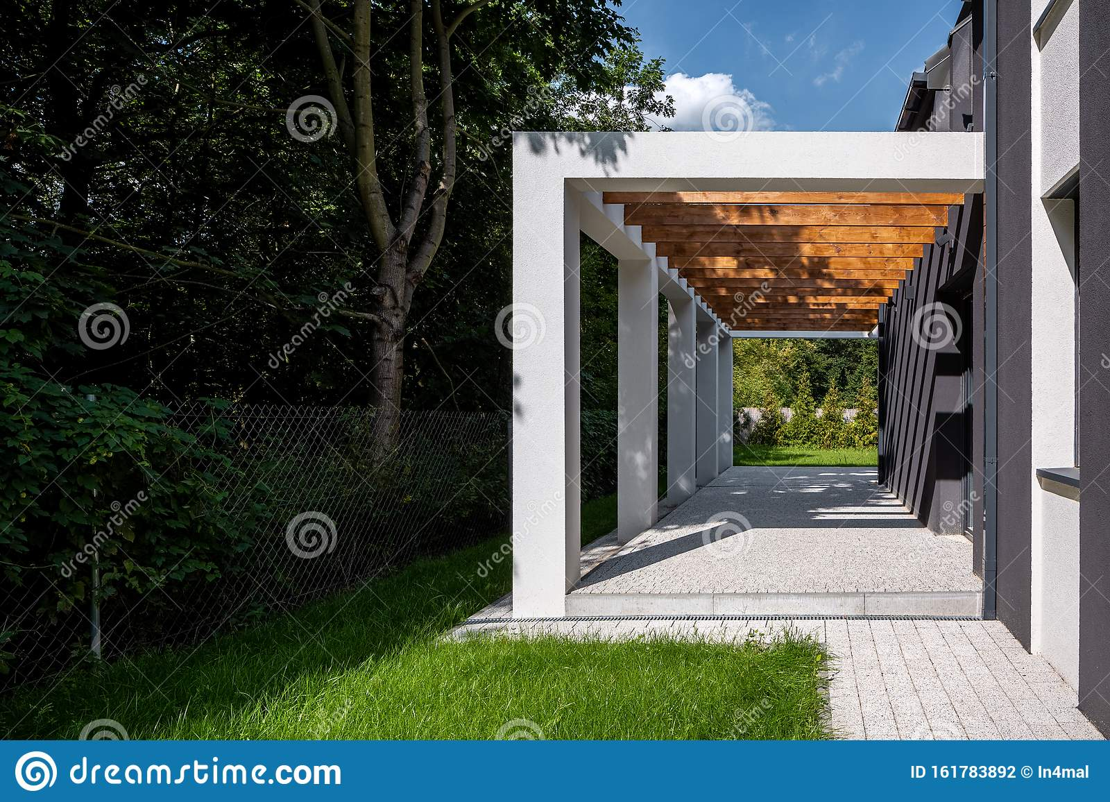 Modern Patio Of New House Stock Photo Image Of Backyard 161783892