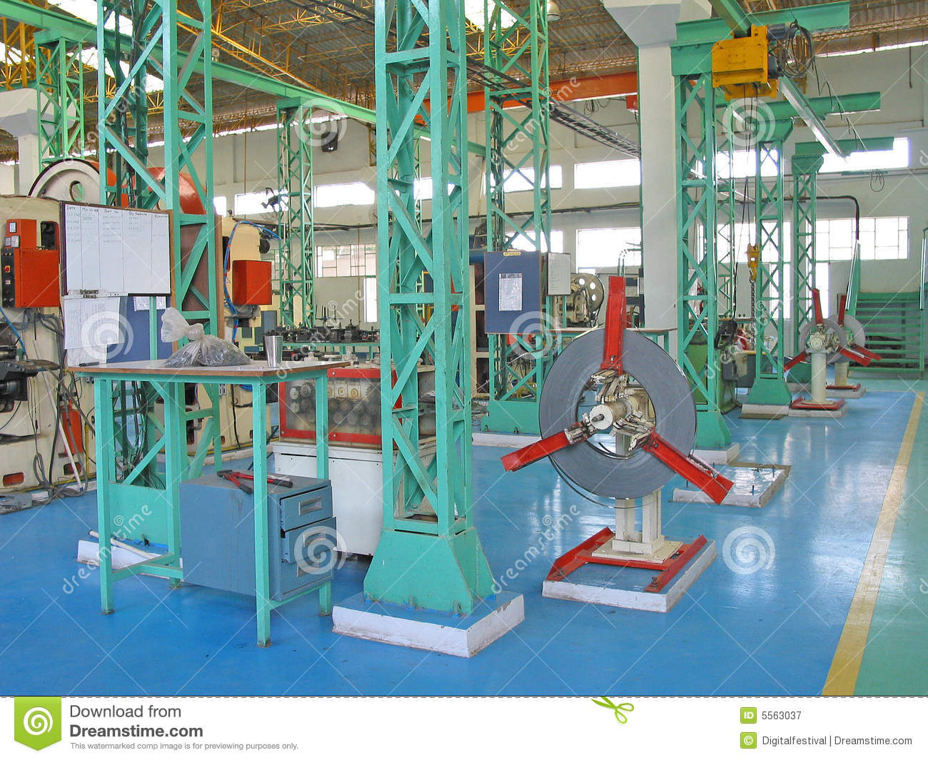 Modern Planned Iso Certify Factory Floor In India Stock