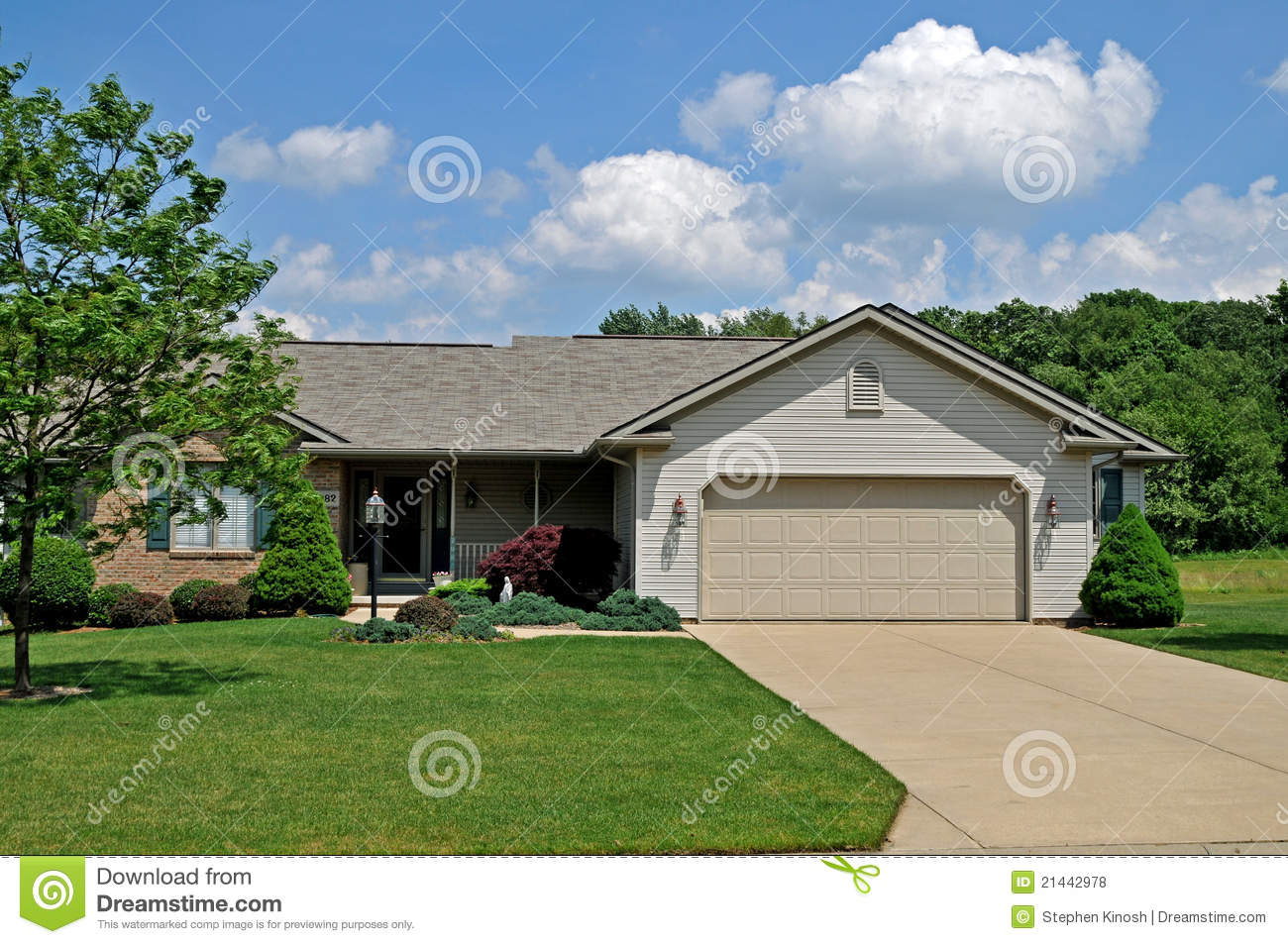 Modern ranch style home royalty free stock photos image for Modern ranch style homes