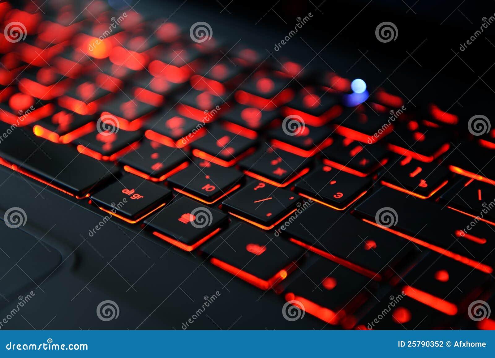 Toetsenbord Met Licht : Modern rood backlit toetsenbord stock foto afbeelding bestaande