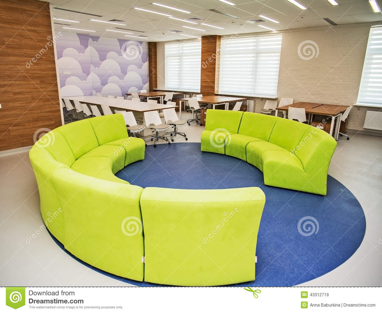 Modern school interior stock image image of comfort for Design interieur cours