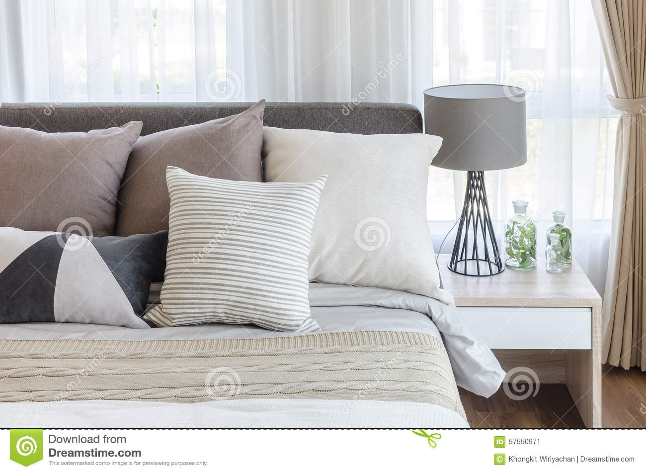 Modern Family Pillows On Bed : Modern Style Bedroom With Pillows On Bed And Modern Grey Lamp On Stock Photo - Image: 57550971