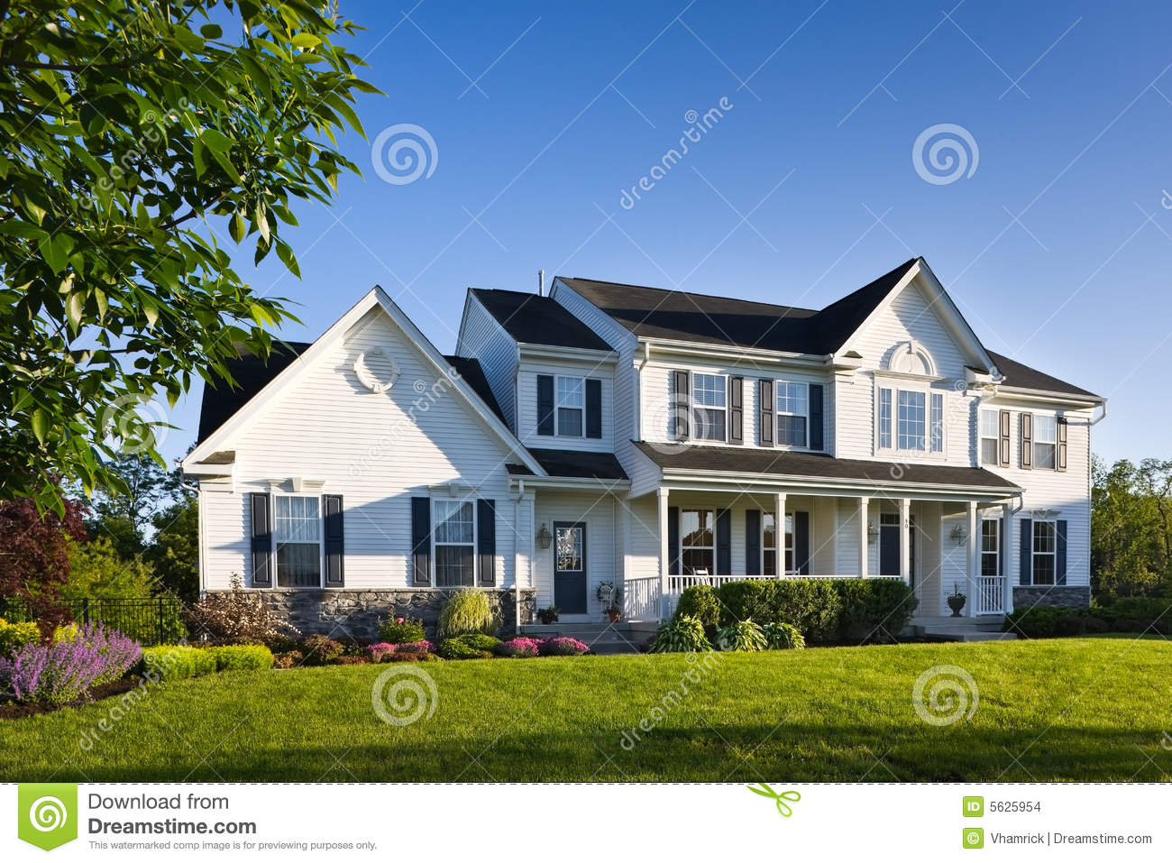 Modern suburban single family home stock photo image for A family house
